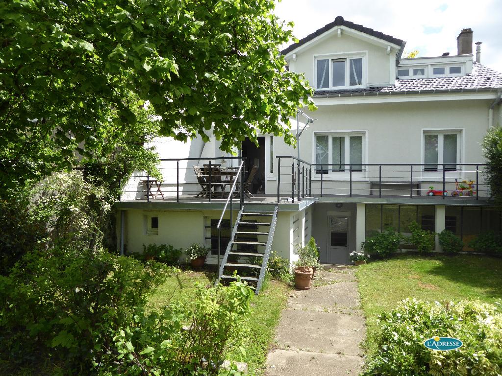 A vendre maison laxou 191 m l 39 adresse agence foch for Piscine de laxou
