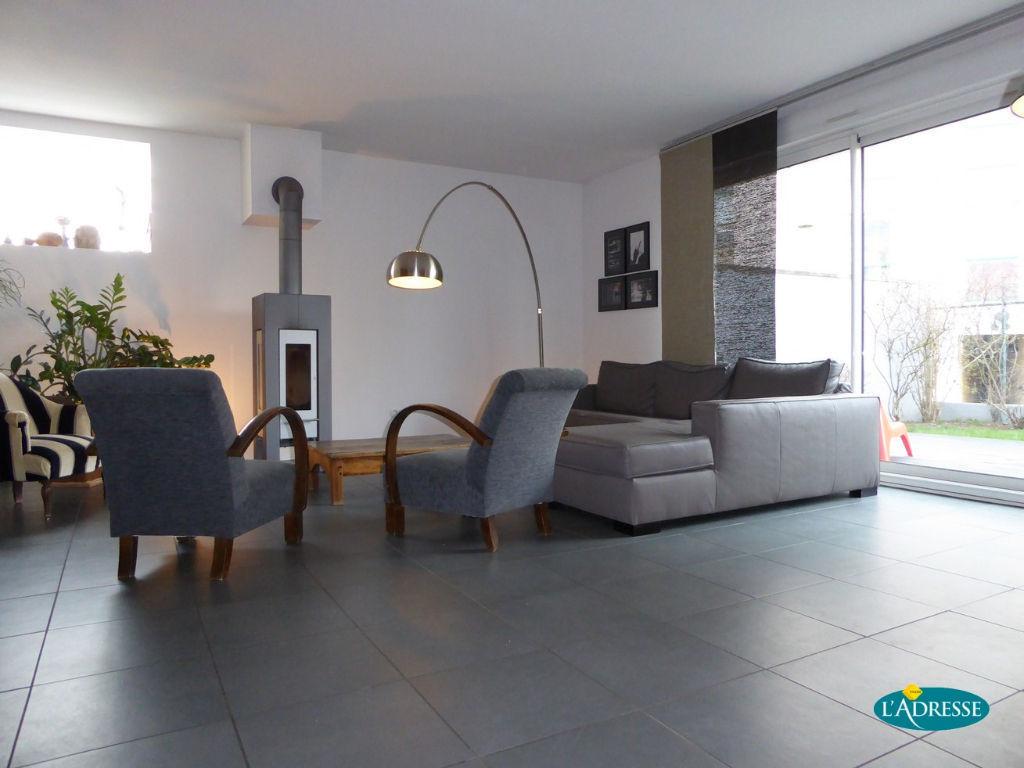 A vendre appartement laxou 123 m l 39 adresse agence foch for Appartement avec jardin