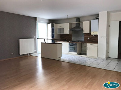 BEL APPARTEMENT AVEC TERRASSE EN EXCLUSIVITE